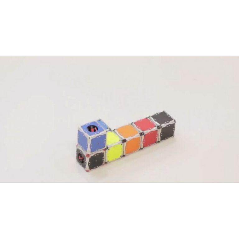 Cubos robot que se auto-ensamblan