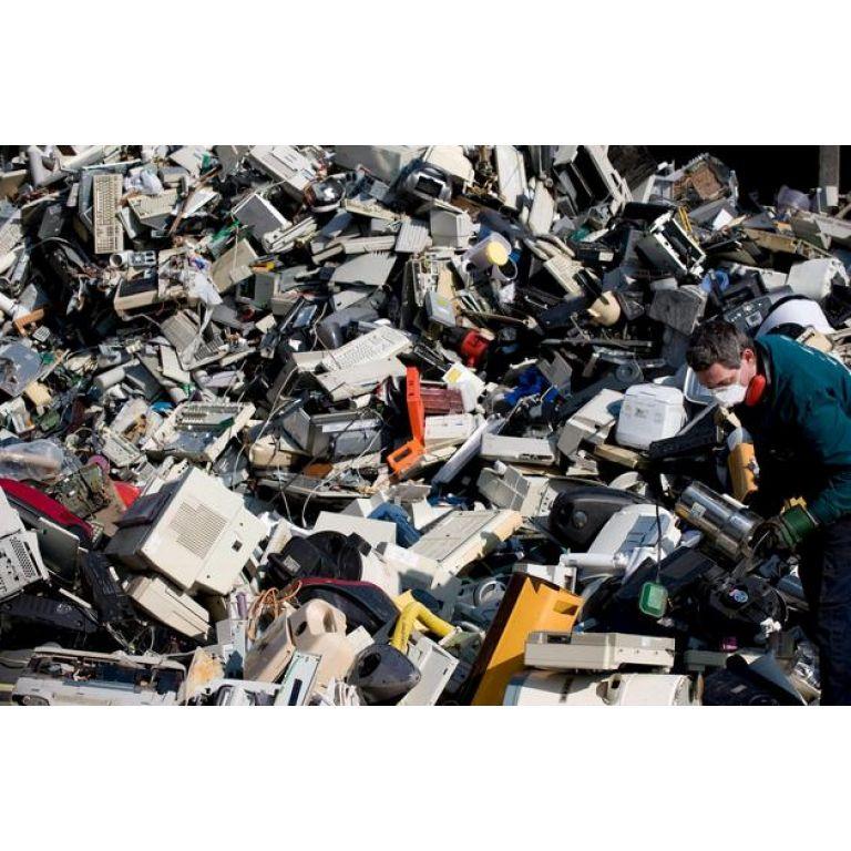 Europa recuperará riqueza oculta en desechos de dispositivos electrónicos.